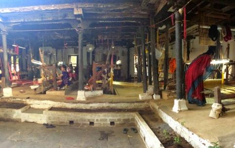 _maheshwari-saree_-weavers_-manufacturing